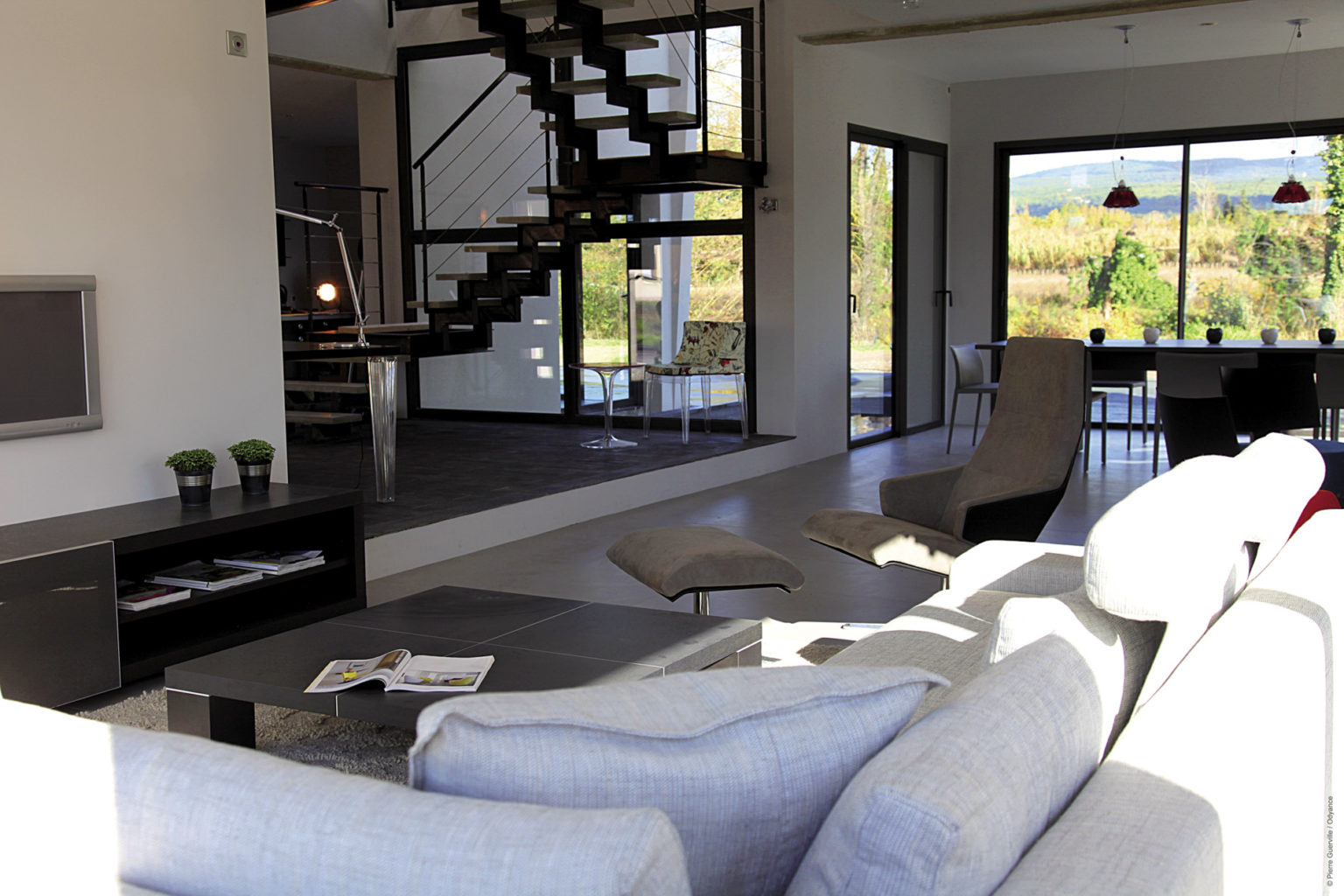 Villa-contemporaine-bateau-ivre-lisle-sur-la-sorgue-8092
