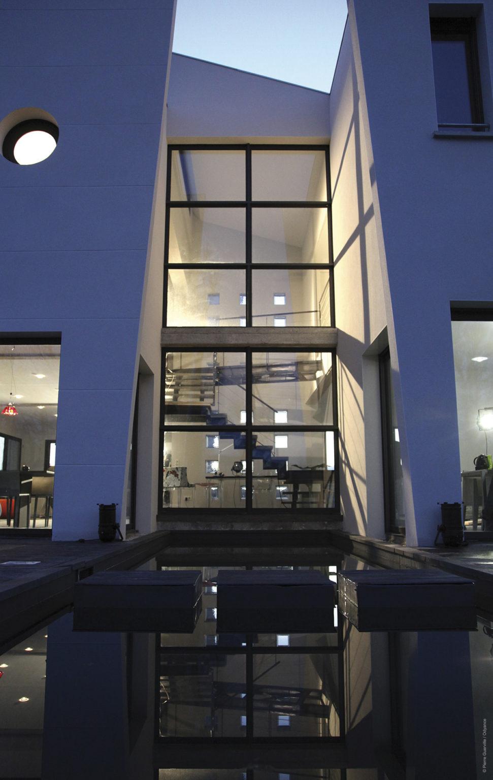 Villa-contemporaine-bateau-ivre-lisle-sur-la-sorgue-8183