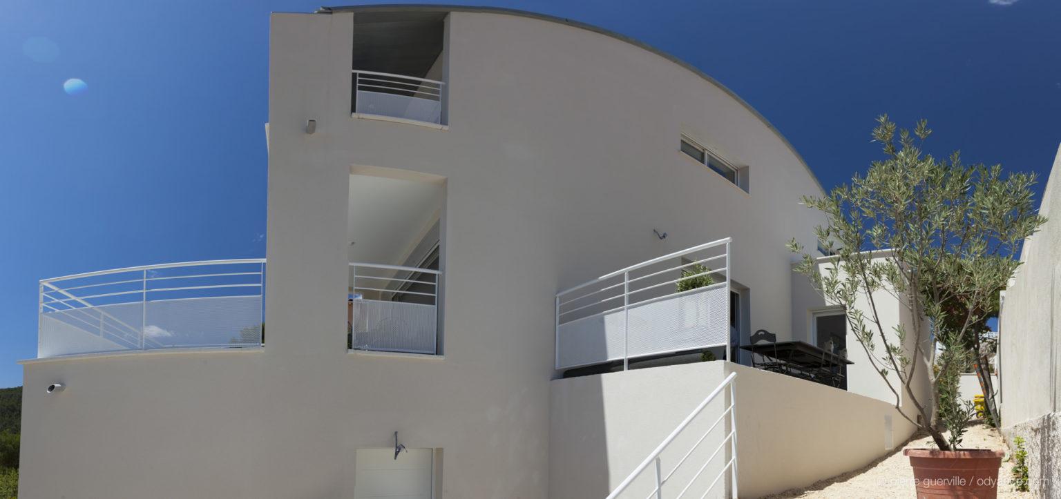 Villa-contemporaine-le-Kabanon-Marseille--5