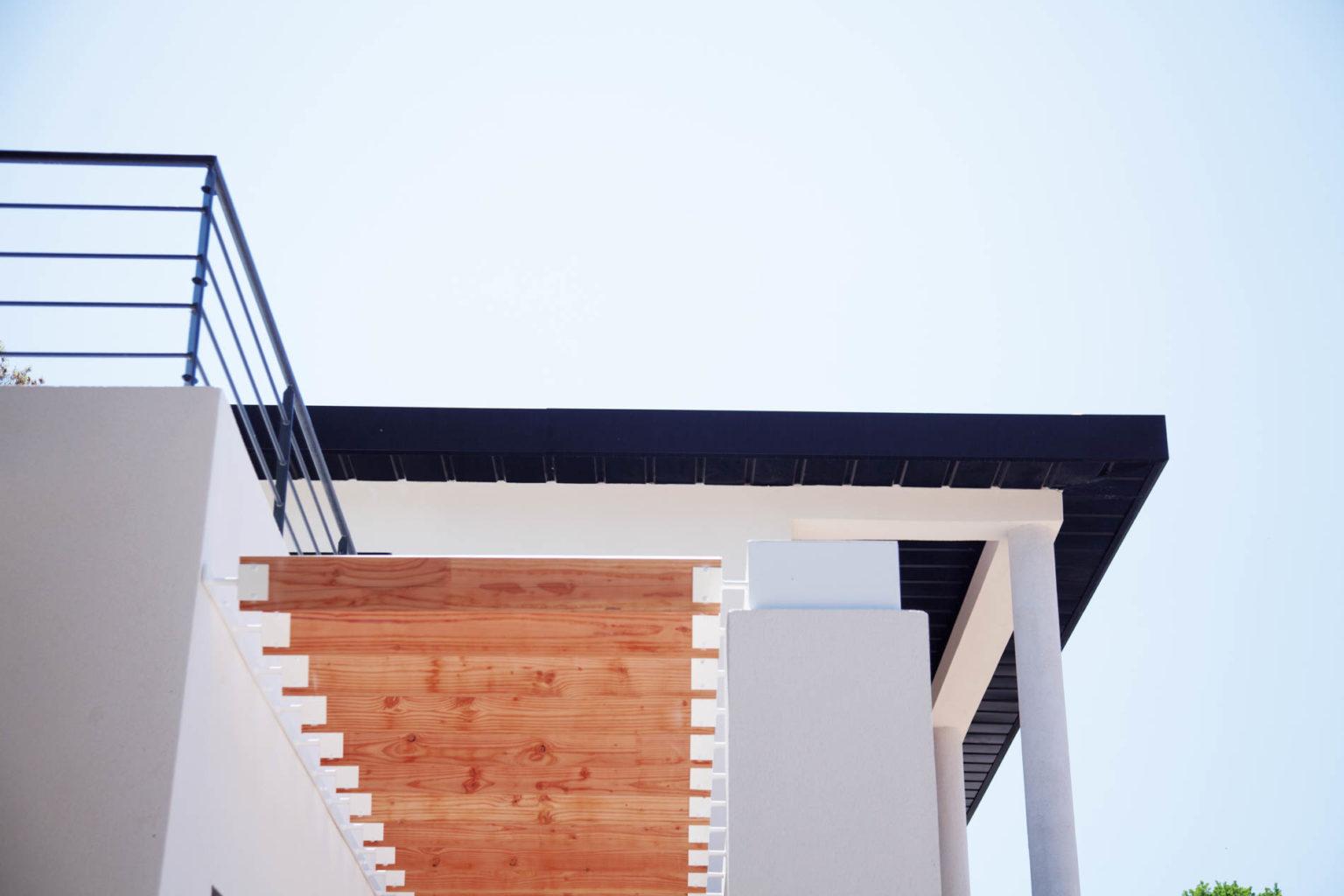 villa-contemporaine-celony-10