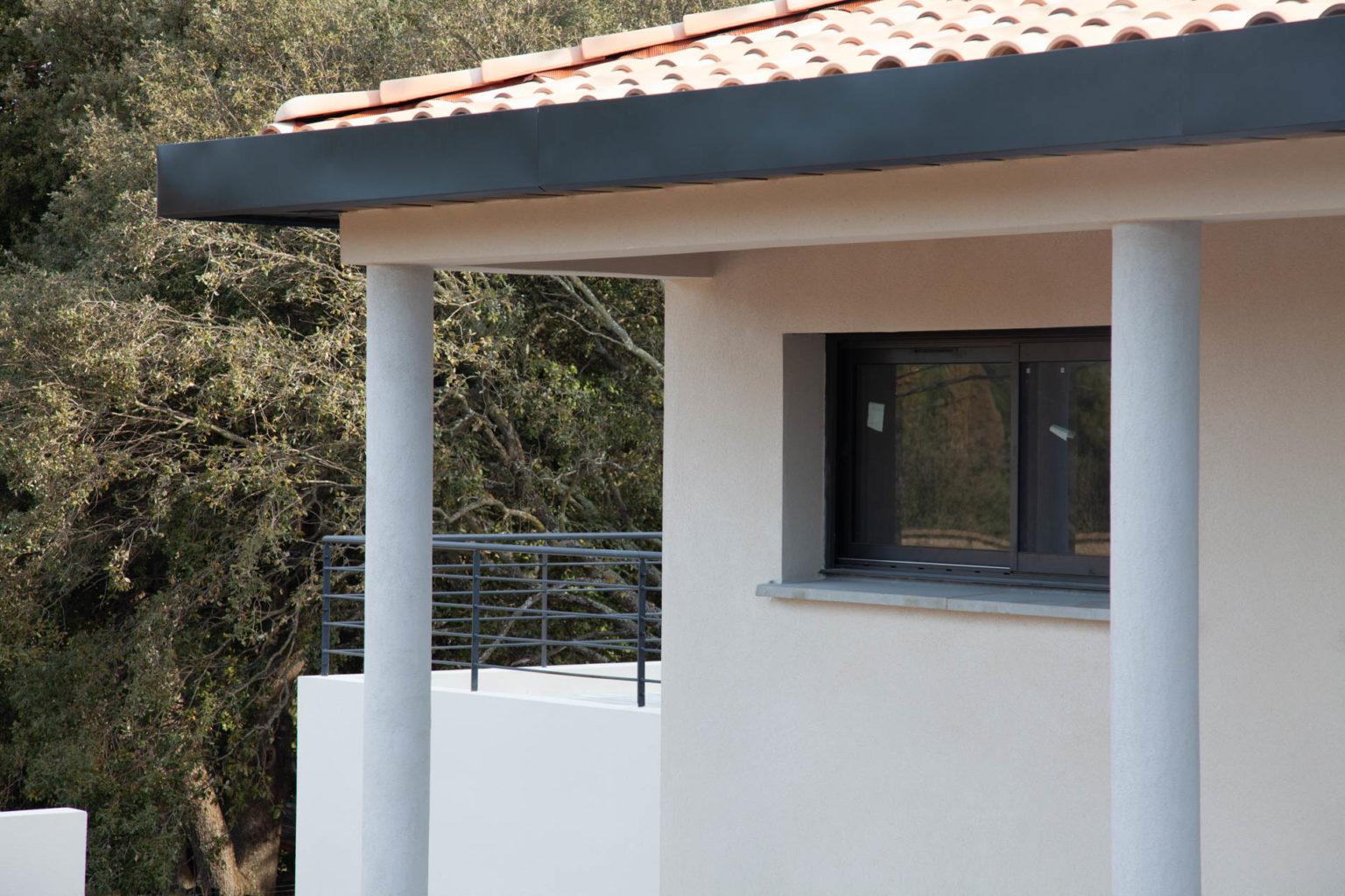 villa-contemporaine-celony-11