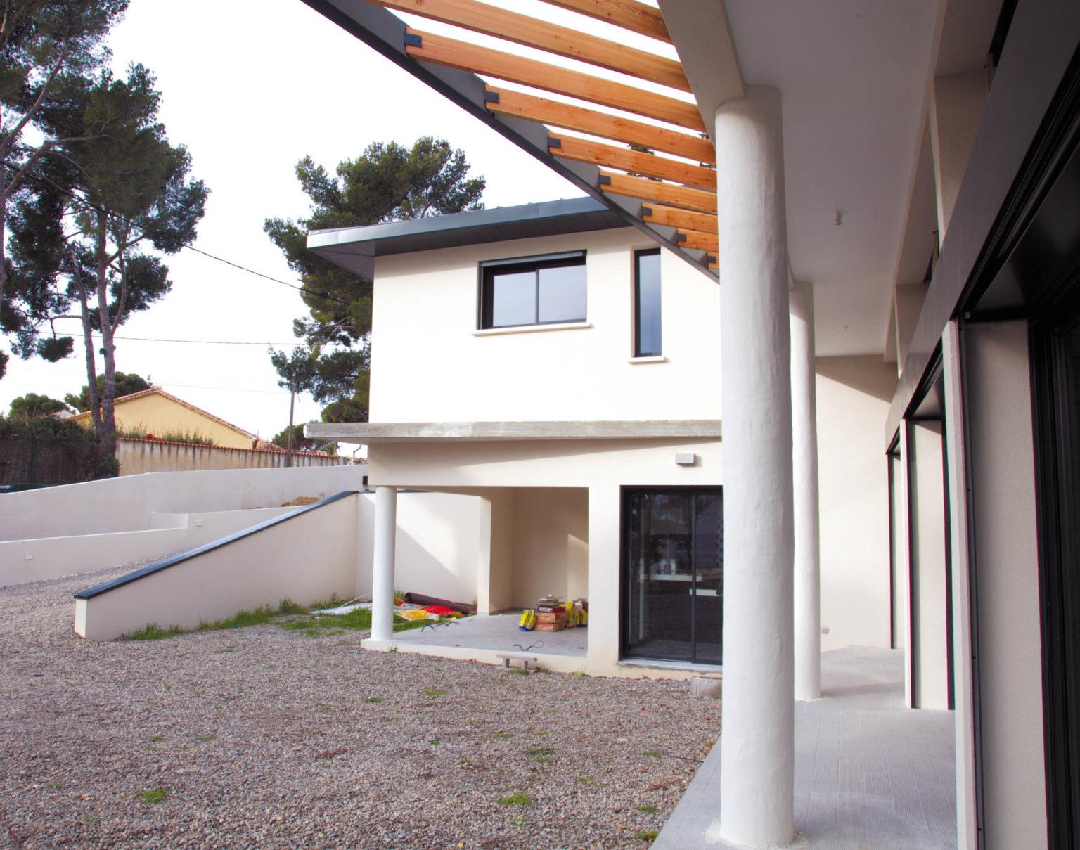 villa-contemporaine-cote-bleue-25