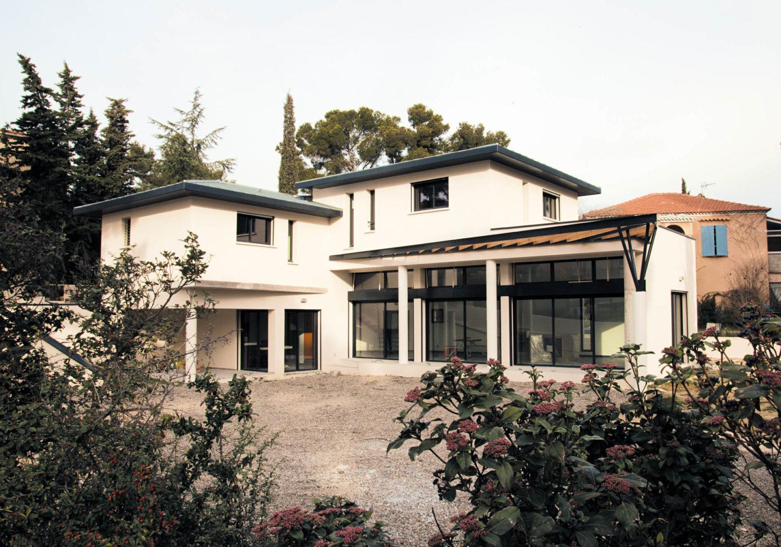 villa-contemporaine-cote-bleue-26