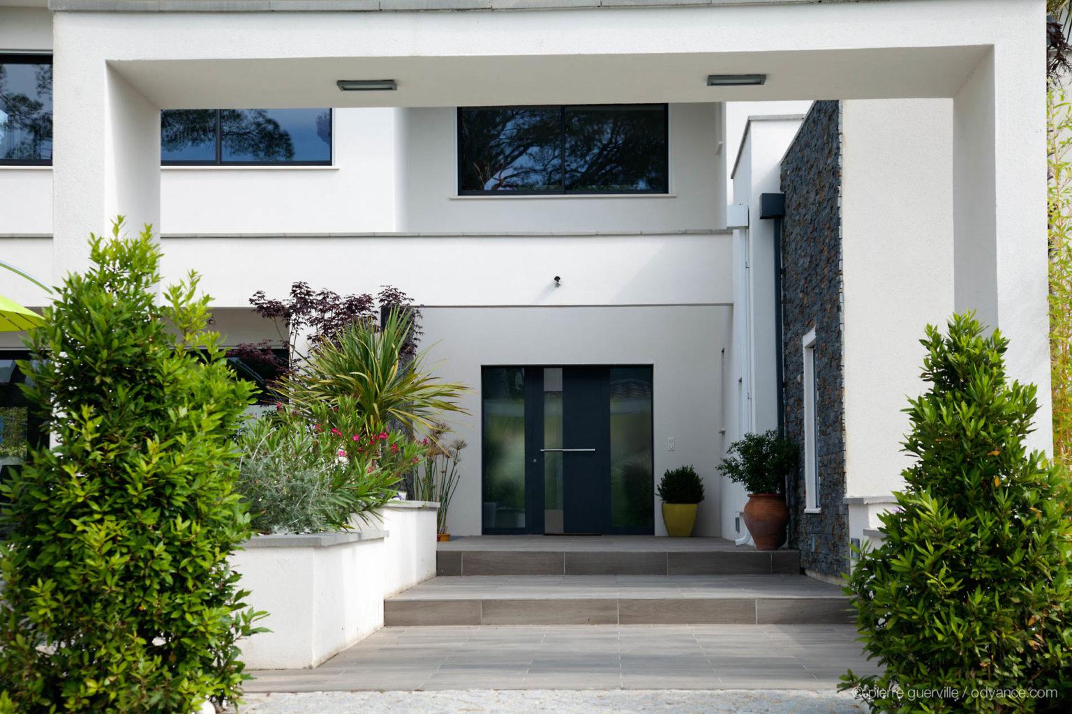 villa-contemporaine-grenau-12